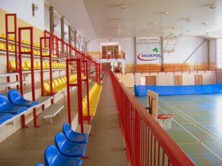 Hala sportowa - widok na trybuny